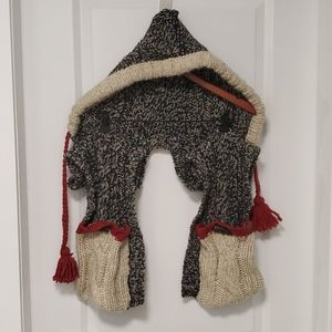 ROOTS sweater mitten scarf